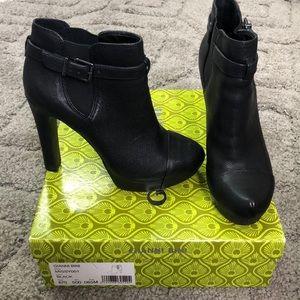 Gianni Bini Booties
